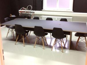 Konferenztisch vom Schreiner